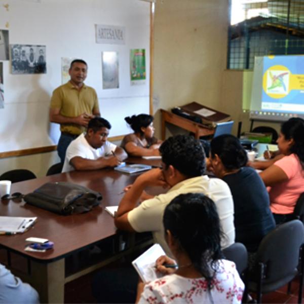 Análisis y evaluación de la estrategia con el comité de Cacaopera