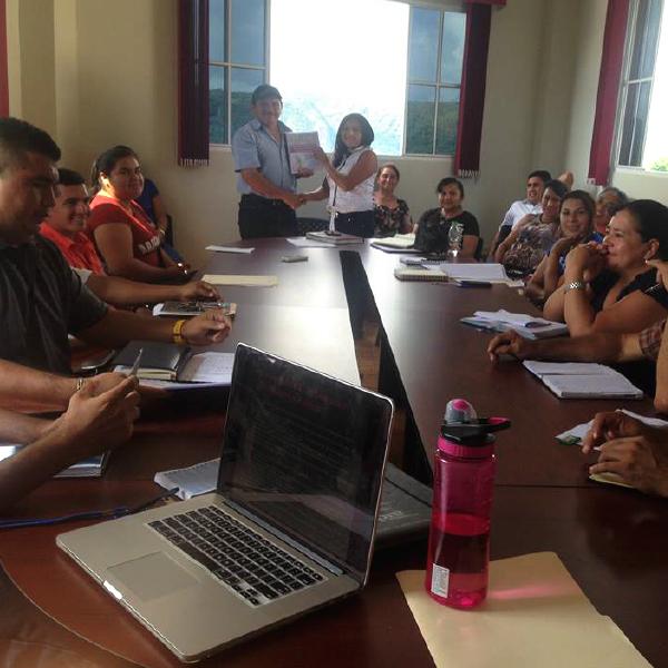 Presentación de Demandas a Concejo Municipal, por el Comité de Mujeres de Cacaopera.